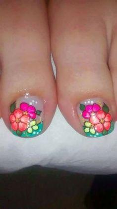 Bright Nail Designs, Cute Pedicures, Bright Nails, Hot Nails, Design Art, Manicure, Lily, Nail Art, Triangles