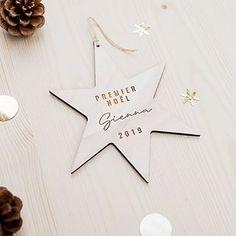 JUNE AND JANE (@juneandjane) • Photos et vidéos Instagram Place Cards, Place Card Holders, Instagram, Photos, First Christmas, Noel, Pictures