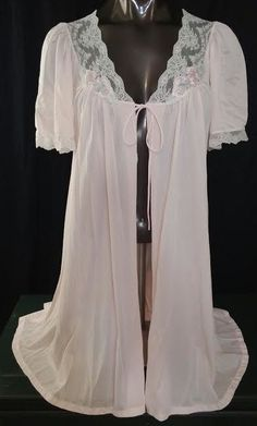 6c5674613b Deena vintage lingerie robe pink floral appliques bell sleeves lace nylon S   Deena Lingerie Vintage