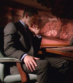 Sasha Roiz as Capt. Renard on the NBC series Grimm.