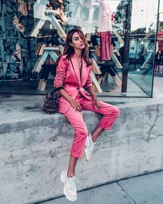 Absolutely loving this pink corduroy suit for fall with white Balenciaga sneakers and Fendi bucket bag Mode Outfits, Fashion Outfits, Womens Fashion, Fashion Trends, Ladies Fashion, Sneakers Fashion, Fashion Clothes, Fashion Ideas, White Balenciaga Sneakers