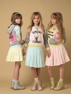 Cute and colorful summer teens outfits Little Girl Outfits, Cute Little Girls, Fashion Kids, Tween Mode, Leila, Outfits Niños, Summer Outfits For Teens, Tween Girls, Kind Mode