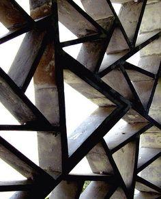 wonderful screen - concrete or metal? No source