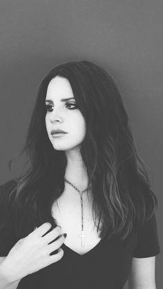 Flipside Lana Del Rey Hair, Lana Del Ray, Elizabeth Grant, Queen Elizabeth, Springfield Tapped Out, Celebrity Faces, Female Singers, My Favorite Music, Me As A Girlfriend