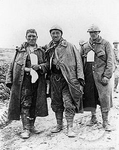 Wounded French soldiers, 1916.