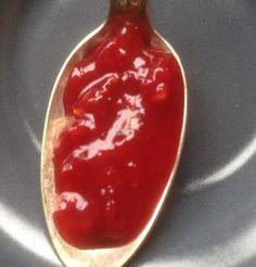 Mes confitures aux fruits rouges à faible teneur en sucre – Je mange donc je vis Hot Sauce Bottles, Pudding, Keto, Desserts, Food, Chutneys, Decoration, Jelly, Sugar