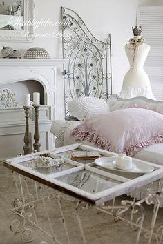 Romantic & Elegant Styling Tips And Seasonal Changes....January Living Room