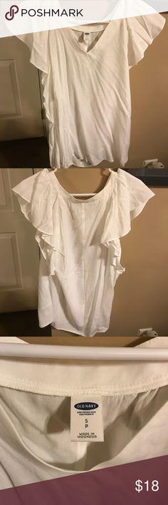 NWOT Old Navy flutter sleeve blouse NWOT Old Navy flutter sleeve blouse in white- size small Old Navy Tops Blouses