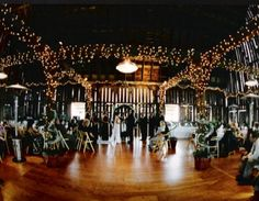 Planterra Conservatory Is A Unique Michigan Garden Wedding Venue For Ceremonies And Receptions In Our Botanical