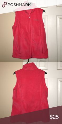 Pink Columbia Women's Fleece Vest S women's Columbia pink fleece vest. In great condition and barely worn. Has two zip up pockets Columbia Jackets & Coats Vests