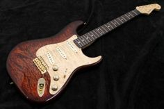 Fender Custom Shop Master Built Series  Dale Wilson  Custom Stratocaster Quilted Maple Top N.O.S.