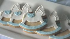 rocking horse cookies by Cakes and Biscuits by Lisa Horse Baby Showers, Cowboy Baby Shower, Baby Shower Cakes For Boys, Baby Shower Niño, Baby Shower Gender Reveal, Horse Cookies, Baby Cookies, Baby Shower Cookies, Baby Boy Decorations