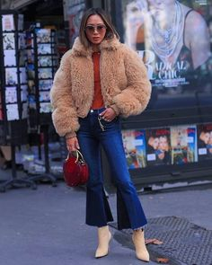 January 2018 (@streetrends) on Instagram #ootd #style #fashion #chic #elegant #style #streetstyle #fashionable