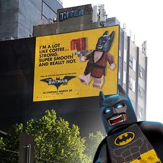 "LEGO Batman (@reallegobatman) på Instagram: ""Hey Batfans, I've been hanging out in Australia for the launch of my new movie, #LEGOBatmanMovie,…"""