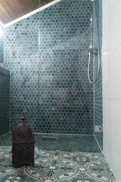 INDIAN Bathtub, Indian, Bathroom, Green, Modern, Marble, Standing Bath, Washroom, Bathtubs