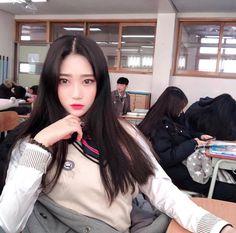 Korean Ulzzang, Ulzzang Girl, School Looks, Dressing, Asian, Kpop, My Style, Womens Fashion, Sexy