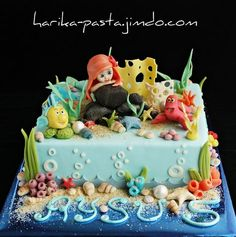 Mermaid Cake... love the sand and coral etc