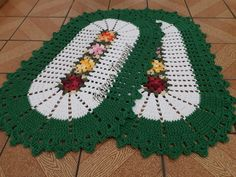 Crochet Table Mat, Crochet Gifts, Christmas Tree, Kids Rugs, Holiday Decor, Carpet Colors, Green Mat, Colorful Rugs, Oval Rugs