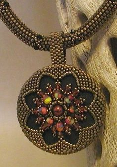TUTORIAL Gothic Medallion Reversible Pendant with Rope