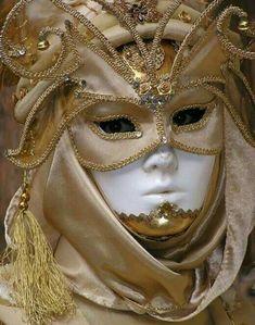 Venetian Carnival Masks, Carnival Of Venice, Venetian Masquerade, Masquerade Ball, Costume Venitien, Dark Circus, Venice Mask, Vaporwave Art, Beautiful Mask