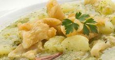 Receta de Guiso de patatas en salsa verde con tripas de bacalao
