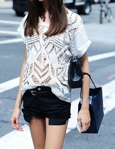 I love the cut out style. I would love to rock this style next summer.