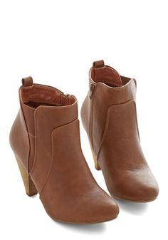 Bustling but Beautiful Bootie in Chestnut Modcloth