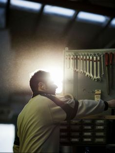 Working hard every day to obtain the best results. #factory #furniture