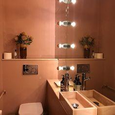 When visiting @samsoesamsoe #bathroomgoals