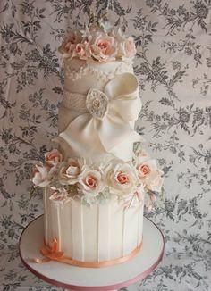 wedding cake - by Cakesamore2 @ CakesDecor.com - cake decorating website