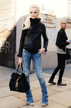 Not liking much of this outfit, but I love those jeans! Need some!