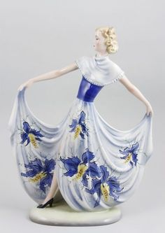 Circa 1930 Art Deco, Goldscheider, Figurine