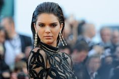Kendall Jenner Is Victimized in $200K Jewelry Heist