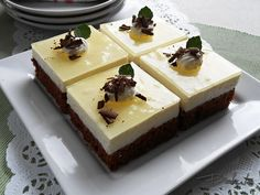Czech Recipes, Butcher Block Cutting Board, Low Carb, Pudding, Sweets, Cream, Cake, Food, Pastries