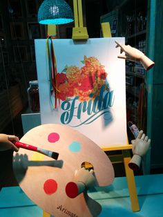 Corart - Diseño de Vidriera Frida Idea: El pintor invisible