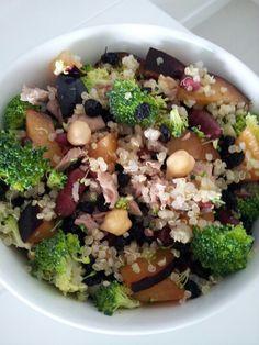 Plum, broccoli, red kidney beans, currants, tuna, chickpea quinoa salad