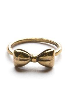 Anéis em formato de laço