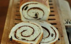 How to Make Cinnamon-Raisin Swirl Bread Cinnamon Swirl Bread, Brunch, Dry Yeast, Greek Recipes, Baking Pans, Baked Goods, Sweet Tooth, Food And Drink, Favorite Recipes