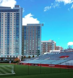Could have fooled us with the mild temperature & plentiful sunshine on Nickerson Field! Boston University, Charles River, The Fool, Skyscraper, Sunshine, December, Urban, Instagram Posts, Water