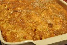 Sprød lækker æblekage med marcipan og kanelsukker