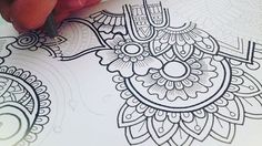 ☺️ hey guys! Working on a zentangle doodle and I'd thought I'd show you guys some of the process Hope you guys like it, have an awesome day Pens are all by @artline_au ❤️#zentangle#mandala#black#white#doodle Music by: Bensound