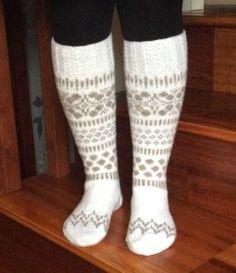 Stitch Patterns, Knitting Patterns, Knitting Ideas, Cool Socks, Knitting Socks, Knit Socks, Knit Crochet, Diy, Crafts
