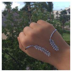 Glam up your #Sunday with the #ALEXMIKA Leaf Palm Cuff  alexmikajewelry.com