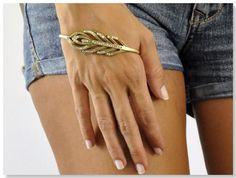 hand-bracelet- Ana Khoury
