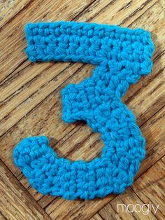 The Moogly Crochet Numbers - free patterns for 0-9 ✿⊱╮Teresa Restegui http://www.pinterest.com/teretegui/✿⊱╮