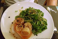 Vieiras de Isabella's en Barcelona. Un plato espectacular ideal para una cena romántica.