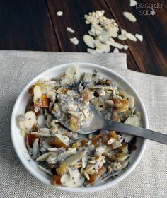 Este cereal saludable sabe delicioso que ni vas a sentir que es bueno para ti y además quedas super lleno y satisfecho. Puros ingredientes naturales.
