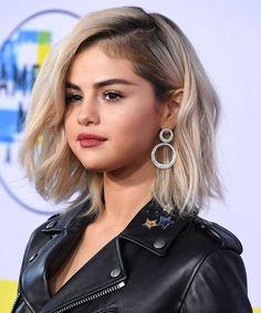 Short Hairstyles Perfect Blonde Hair, Brown Blonde Hair, Brunette Hair, Medium Hair Cuts, Medium Hair Styles, Curly Hair Styles, Celebrity Hairstyles, Diy Hairstyles, Female Hairstyles