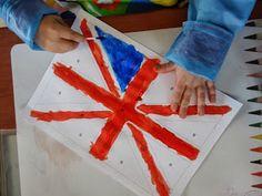 La maternelle de Luciole: Angleterre Preschool Curriculum, Preschool Crafts, Kindergarten, Preschool Ideas, Theme Anglais, Europe Day, Outfits Spring, Theme Halloween, Europe Train Travel