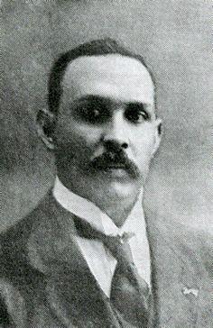 Prof. dr. P.C. Flu (1884-1945). Surinaamse Directeur Instituut voor Tropische Geneeskunde in Leiden. Werkte in Suriname, voorm. Nederlands-Indie en Nederland.